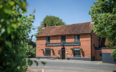 UK's 'Pub Chef of the Year' Opens Village Pub with Award-Winning Plans